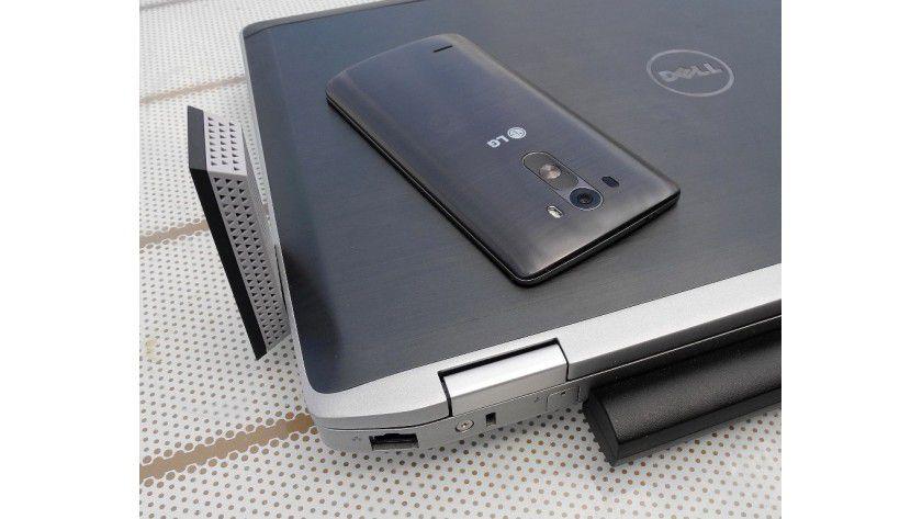 Test-Equipment: Das Android-Handy LG G3 hat WLAN-11ac und LTE-Cat4 ab Werk unter der Haube. Der Business-Laptop Dell Latitude E6520 unterstützt WLAN-11n, WLAN-11ac wurde durch einen Netgear-Surfstick nachgerüstet.