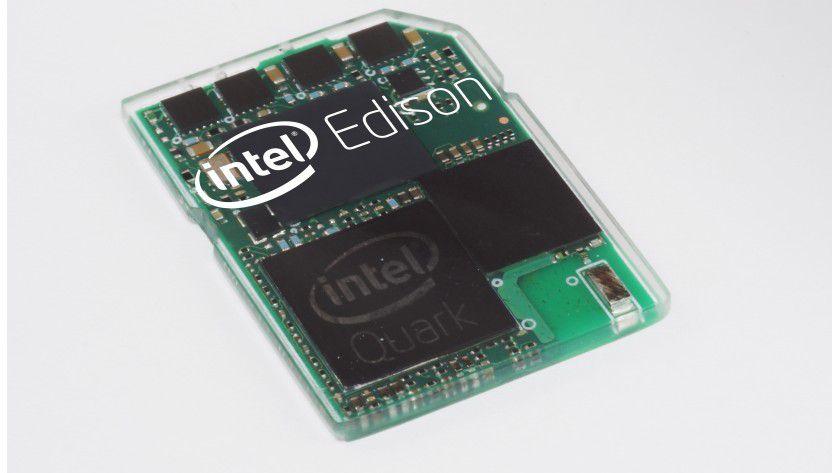 Intels Edison: Der Mini-PC ist nur so groß wie eine Speicherkarte.