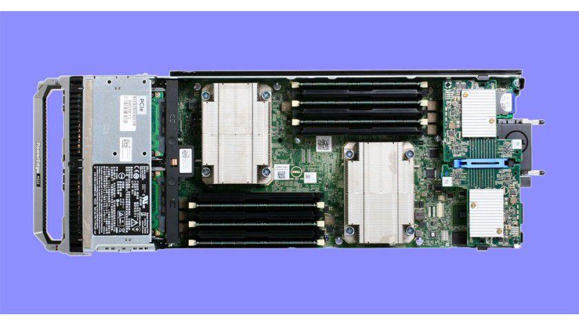 Kraftpaket: Im Servermodul des Testsystems arbeiten zwei Intel-Xeon-CPUs der aktuellen Generation.