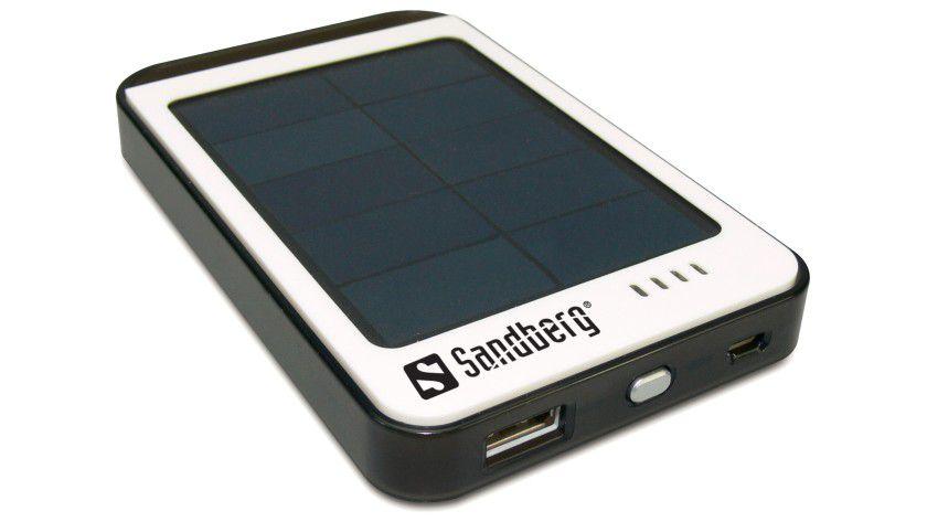 Solar PowerBank 6000 mAh: Der Solarzellen-Akku soll auch Tablets laden können.