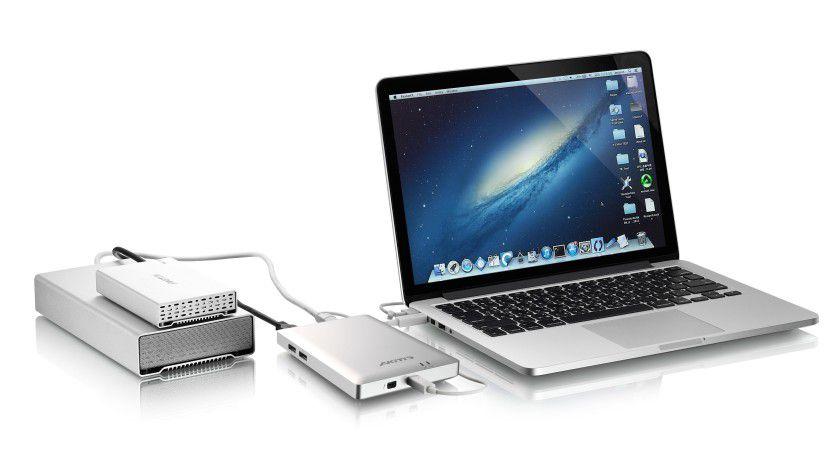 Das Gehäuse ist schön kompakt und die Formensprache passt sehr gut zu den mobilen Rechnern von Apple. Die Ausstattung ist mit je zwei eSATA und USB 3.0, sowie einem Firewire 800, Praxisnah. Sehr wichtig ist der zweite Thunderbolt- Anschluss für Dasychain.