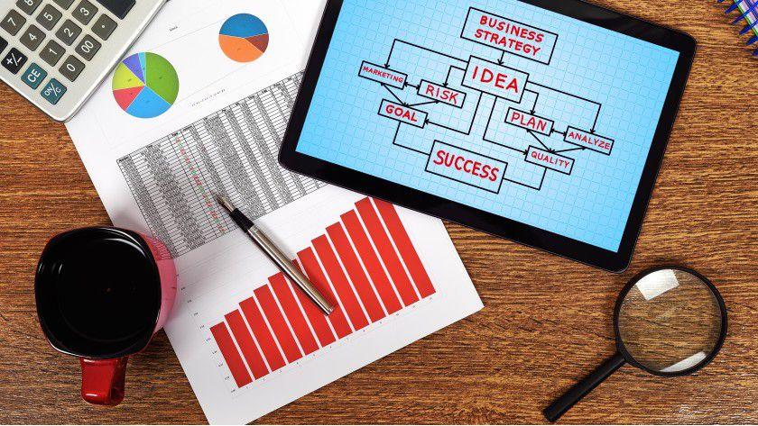 Predictive Analytics bildet eine Teildisziplin von Business Analytics. Sie setzt da an, wo OLAP oder Reporting aufhören.