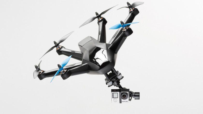 Ob aus einer fest an einem Gebäude installierten Videokamera oder per Quadrocopter aus der Luft - Videoaufnahmen und Videoüberwachung unterliegen strengen gesetzlichen Vorgaben.
