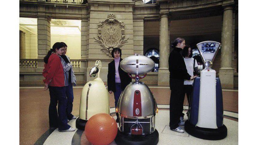 Roboter im Museum für Kommunikation Berlin. Foto: Fraunhofer IPA; Museum für Kommunikation Berlin