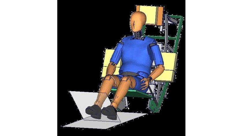 Der menschenähnliche BioRID-II-Dummy für PAM-Crash/PAM-SAFE 2G dient Autoherstellern, die Rückenlehnen eines Autositzes so zu konzipieren, dass bei einem Unfall das Risiko eines Schleudertrauma oder HWS Syndrom gemindert wird. Abb.: ESI Group