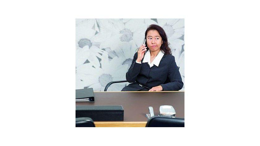 Kontrolle tut not: Wenn Mitarbeiter in den Unternehmen risikobehaftete Dienste nutzen, kann es zu Sicherheitsproblemen kommen.