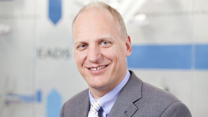 """Guus Dekkers, Airbus, ist """"CIO des Jahres 2013""""."""